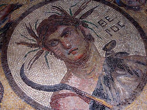 Mosaico rmano clásico con tema de retrato